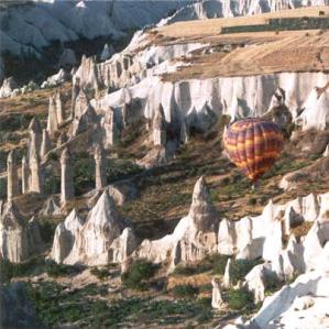 Hot-Air-Ballooning-2