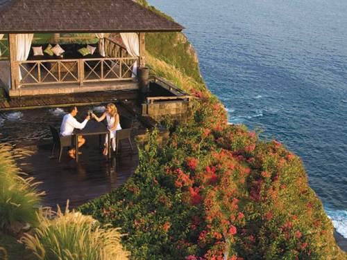 Khayangan Villa Bali_welcome-to-khayangan-adelto