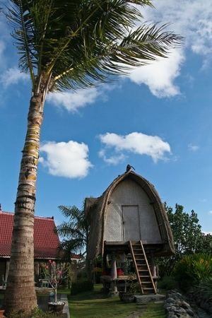 Traditional rice barn. Photo: Chare