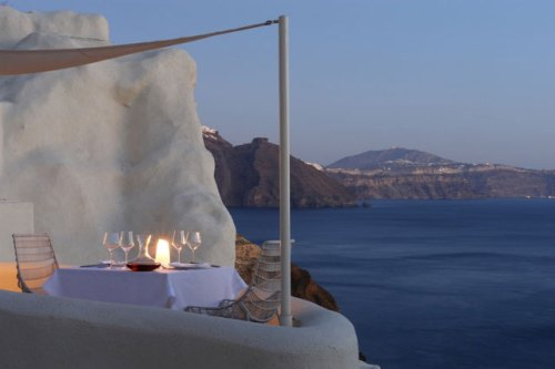 Mystique Hotel_Santorini_Dinning-at-Balcony