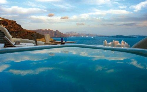 Mystique Hotel_Santorini_OUTDOORS-JACUZZI-VILLA