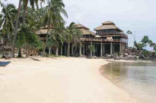 Nirvana Laut_Karimun Java_coral_reef