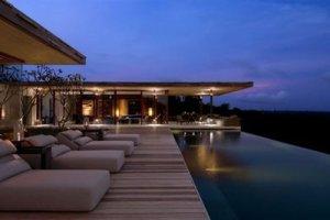 Alila-Villas-Uluwatu-Bali-Hotel-Resort-Swimming-Night