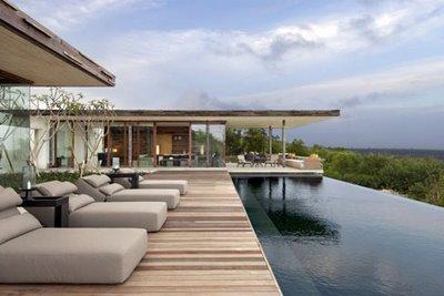 Alila-Villas-Uluwatu-Bali-Hotel-Resort-Swimming-Pool