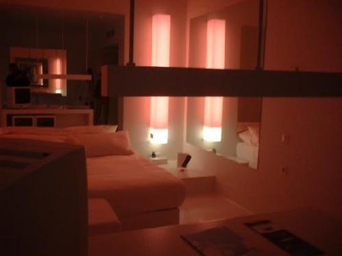 Hillside Su Hotel_Antalya_TURKEY_1210986-fts3b_Hillside_Su_roomfts3b-Antalya_Ili