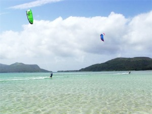 Kakula Island-Vanuatu-SOUTH PACIFIC-kakula-island-beach-kite