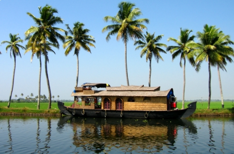 Kerala-INDIA-Kerala_houseboat