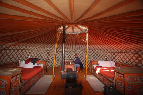 Three Camel Lodge-MONGOLIA-mongolia_3camelgerinside1