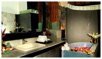 Seri Suites-Umalas-BALI-bath