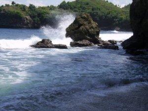 Srau Beach-Pacitan-Eas Java 3