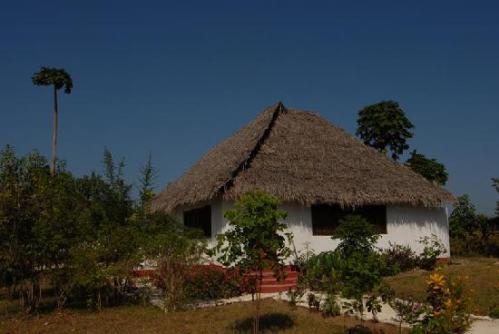 Kervan Saray Eco Resort. Rustic bungalow accommodation.